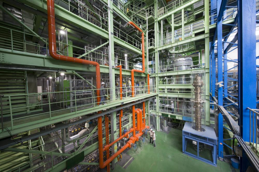 원자력연구원이 자체 기술로설계해 운영 중인 가압경수로 열수력종합효과실험장치아틀라스(ATLAS)