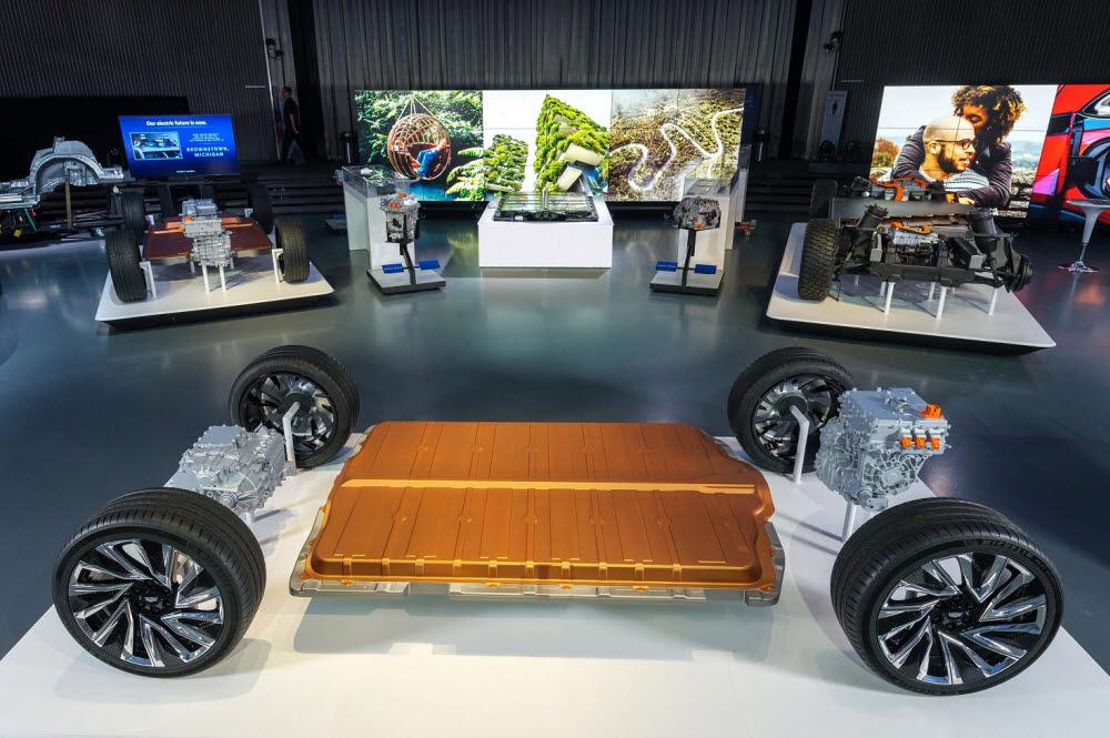 GM의 차세대 얼티엄 배터리와 전기차 플랫폼.