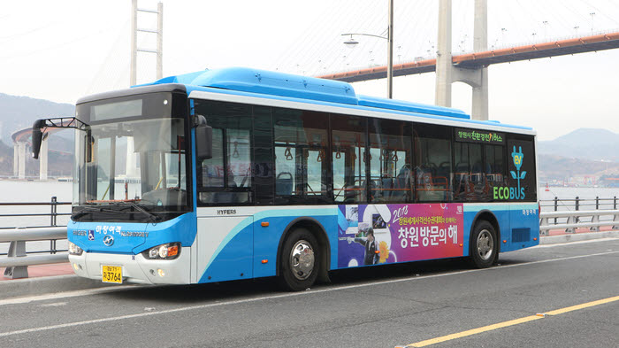 국내 판매 중인 중국 하이거 전기버스.