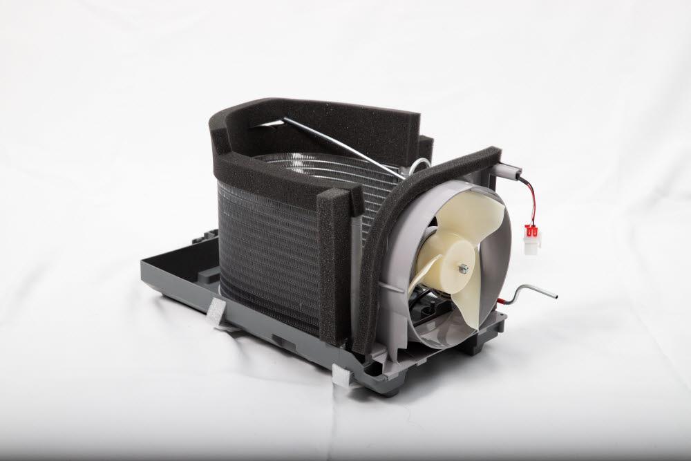 그린테크가 개발한 냉장고용 열교환기.