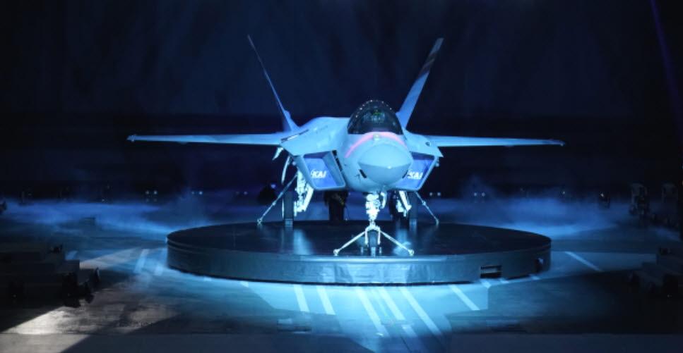 시제기 형태로 출고된 KF-X의 위용. 출처: 항공우주산업