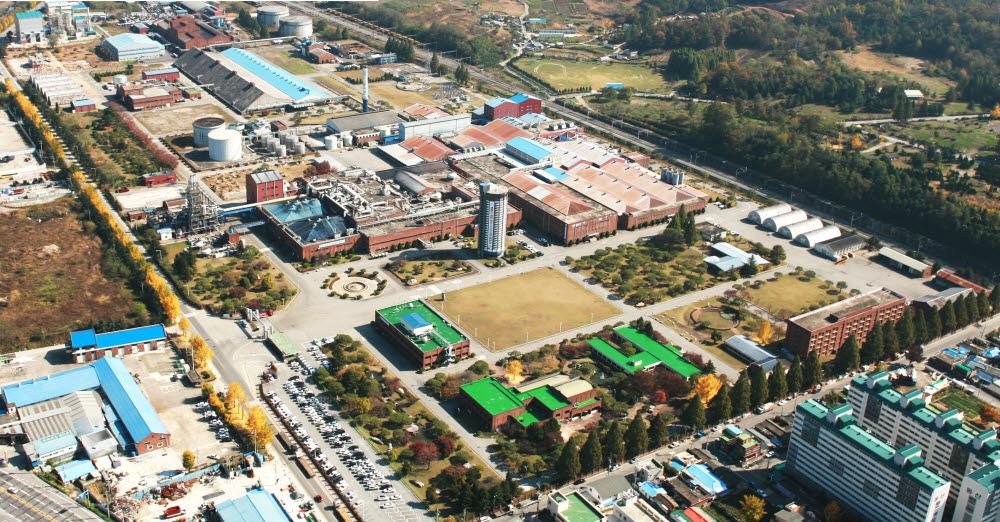 코스모신소재 충주 공장 전경