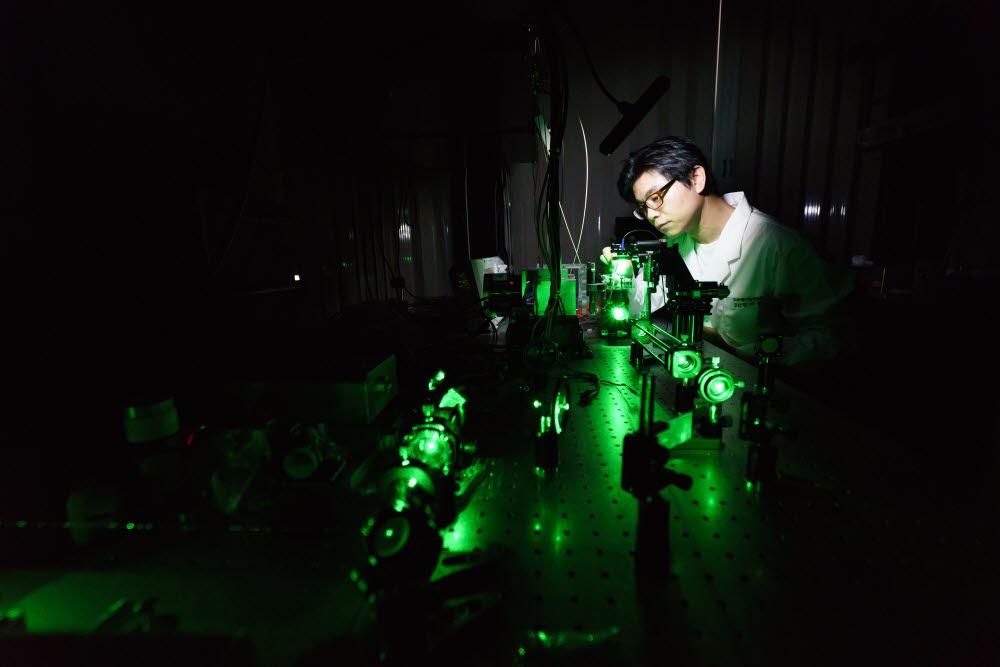 GIST 고등광기술연구소는 우리나라 첨단 레이저와 광 과학 기술을 세계적 수준으로 끌어올리는 데 크게 기여했다.