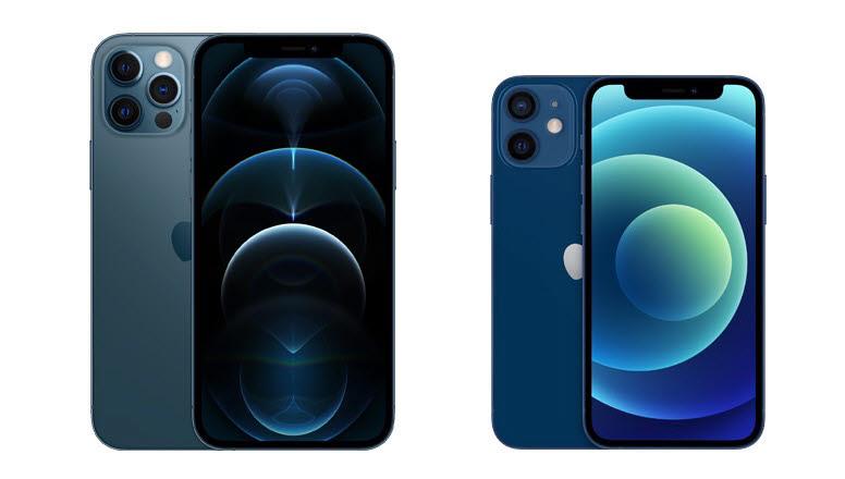 트리플 카메라를 장착한 아이폰12프로(왼쪽)와 듀얼 카메라를 적용한 아이폰12미니<사진=애플>