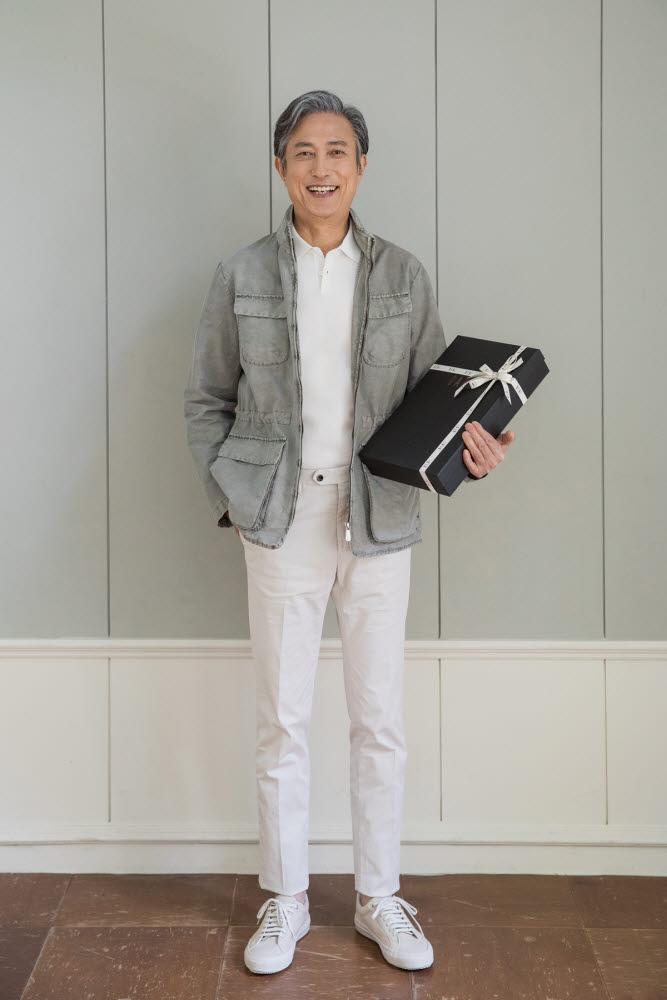 [5월 패션·뷰티 '선물하기']LF, 클래식 패션 '닥스'...가정의 달 '원픽'