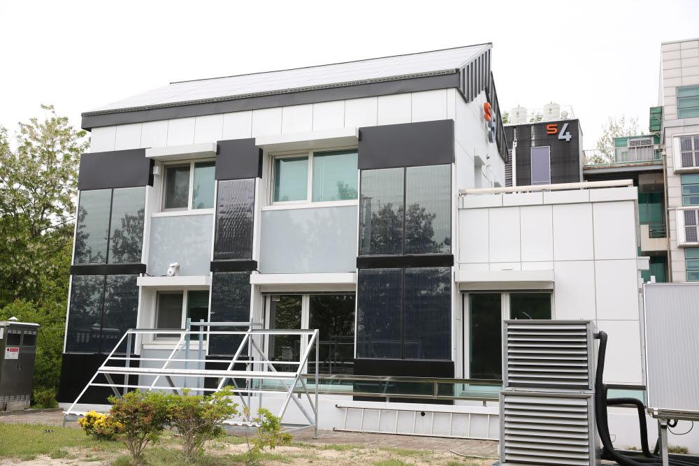 고도의 에너지자립율을 보인 KePSH-2 건물