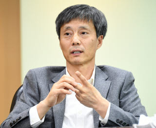 황철성 서울대 석좌교수.