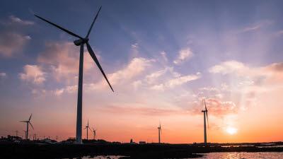 중소기업 디지털화·탄소중립 신사업전환 지원 강화한다...사업전환 심의위 설치 추진