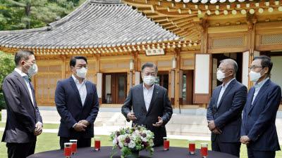 문 대통령, 4대그룹 한미 동맹 강화·폭 넓혔다...한미경제협력에 더 큰 역할 기대
