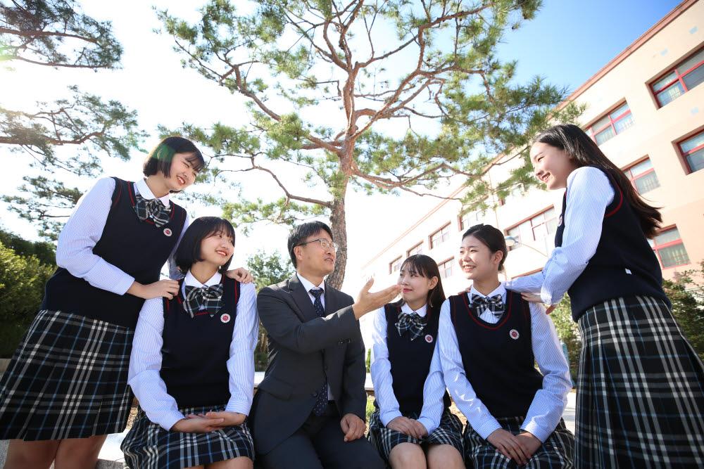 [취업 걱정 없는 명품학교]<282>경복비즈니스고등학교