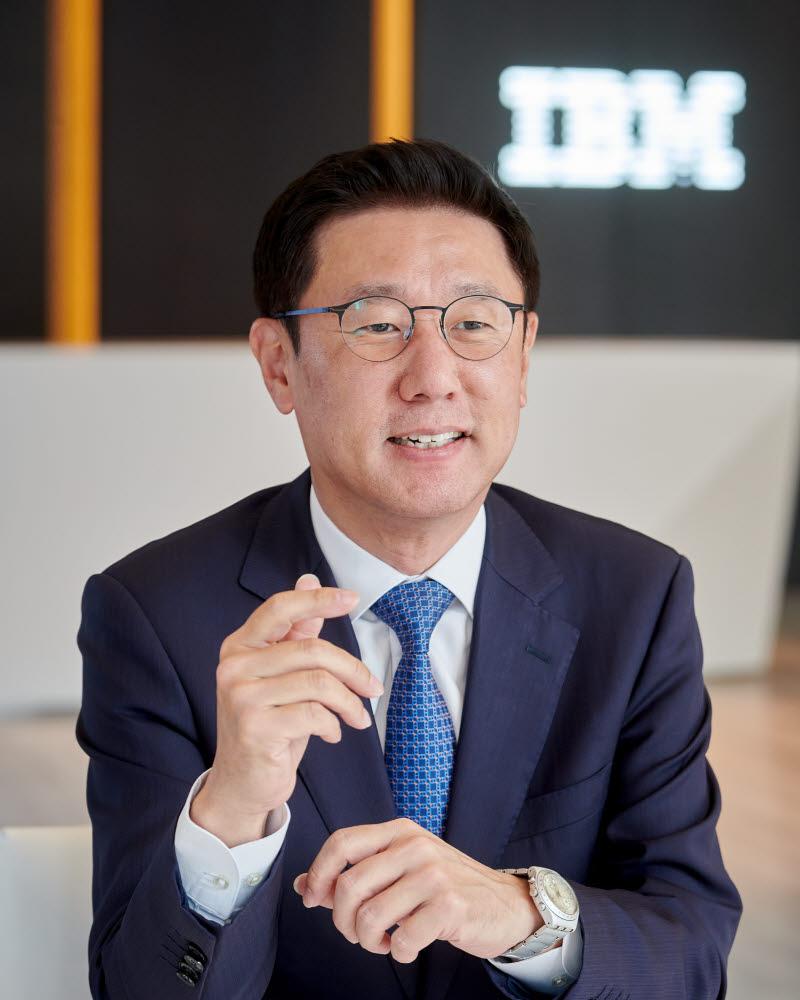 원성식 한국IBM 테크놀로지 사업부문 총괄 대표