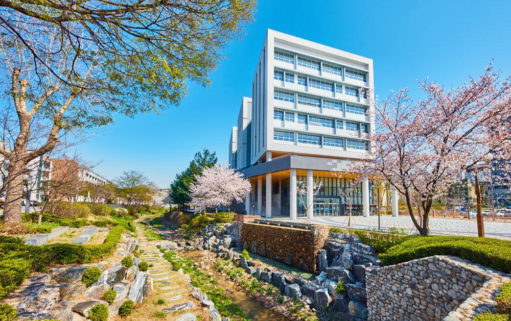 서울과기대 상상관 전경