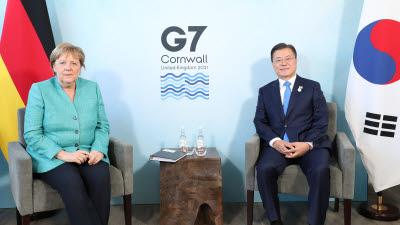 {htmlspecialchars(G7정상회의]영국·독일·호주·EU와 양자회담, 경제·기후·백신 협력 가속화)}