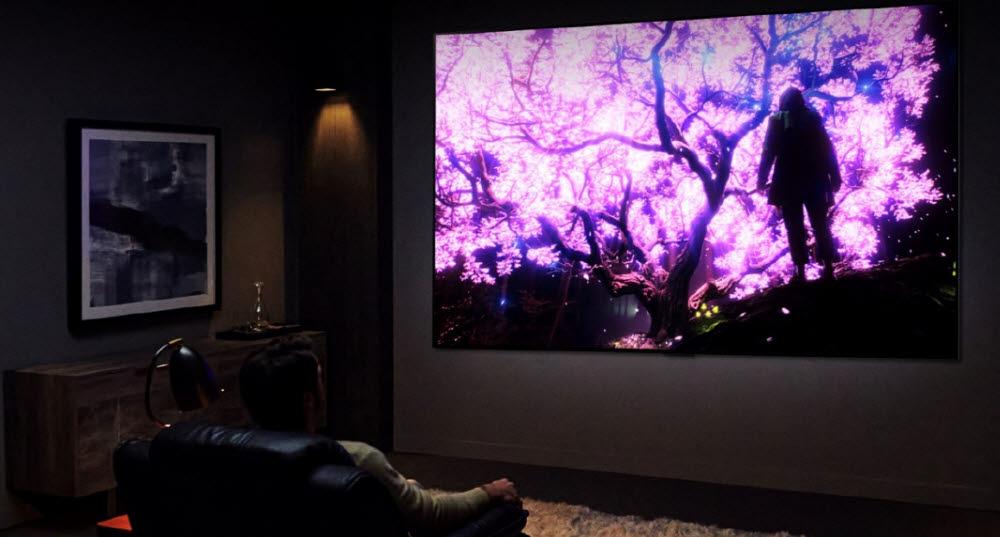 LG전자 올레드 TV 특징 4S 중 Sharp(선명함). 정확한 블랙이 만드는 선명한 화질은 홈시네마에 제격이다.