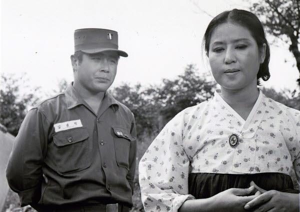영화 육군 김일병(1969) 속 백일섭. (사진=한국영화데이터베이스 KMDb 발췌)