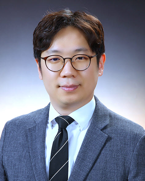한정우 포스텍 교수