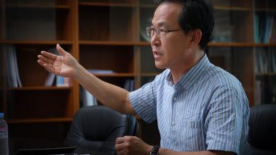 """[인터뷰]방승찬 ETRI 통신미디어연구소장, """"초저지연·광대역으로 메타버스 기반 마련...6G 대비할 때"""""""