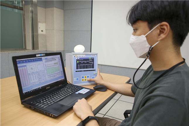전차선로 고장점 표정장치 시험 모습