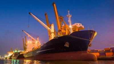 하반기 수출 전망도 '쾌청'…정부, '무역 1조달러 회복' 총력 대응