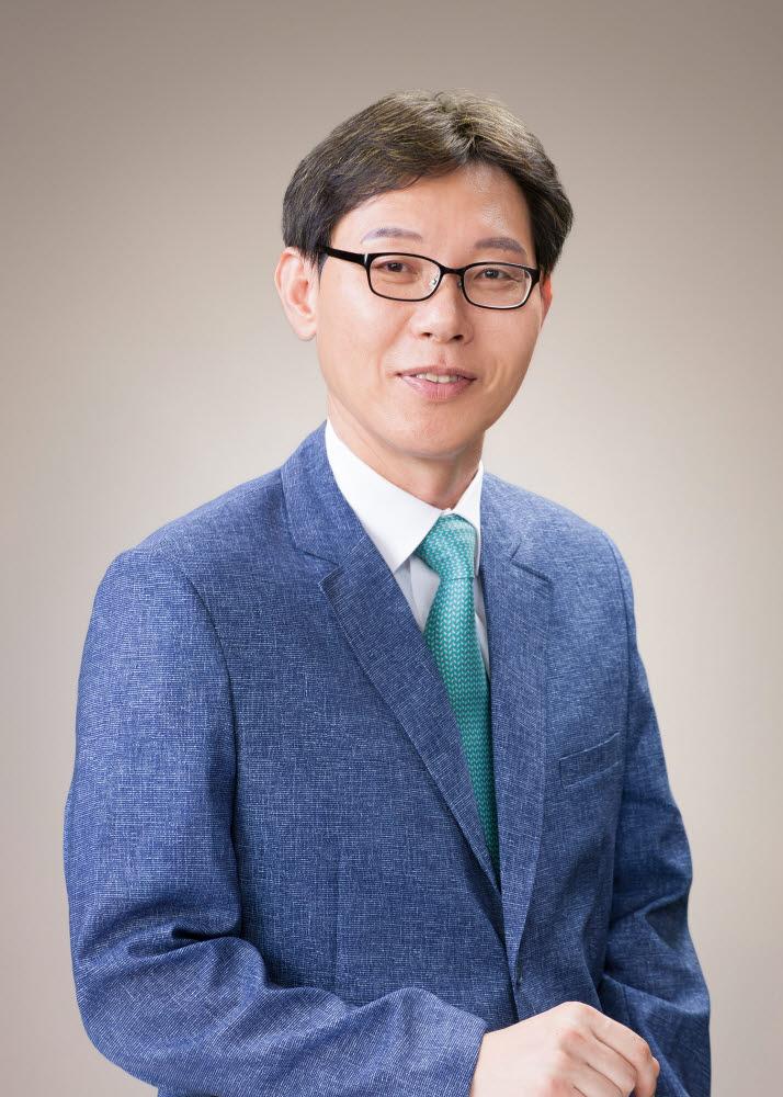 홍희기 경희대 교수