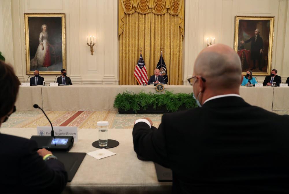 애플·MS·아마존·구글 CEO 부른 바이든…사이버보안 강화 논의