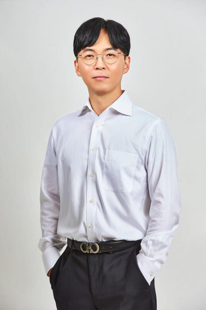 신희용 라이브커넥트 대표