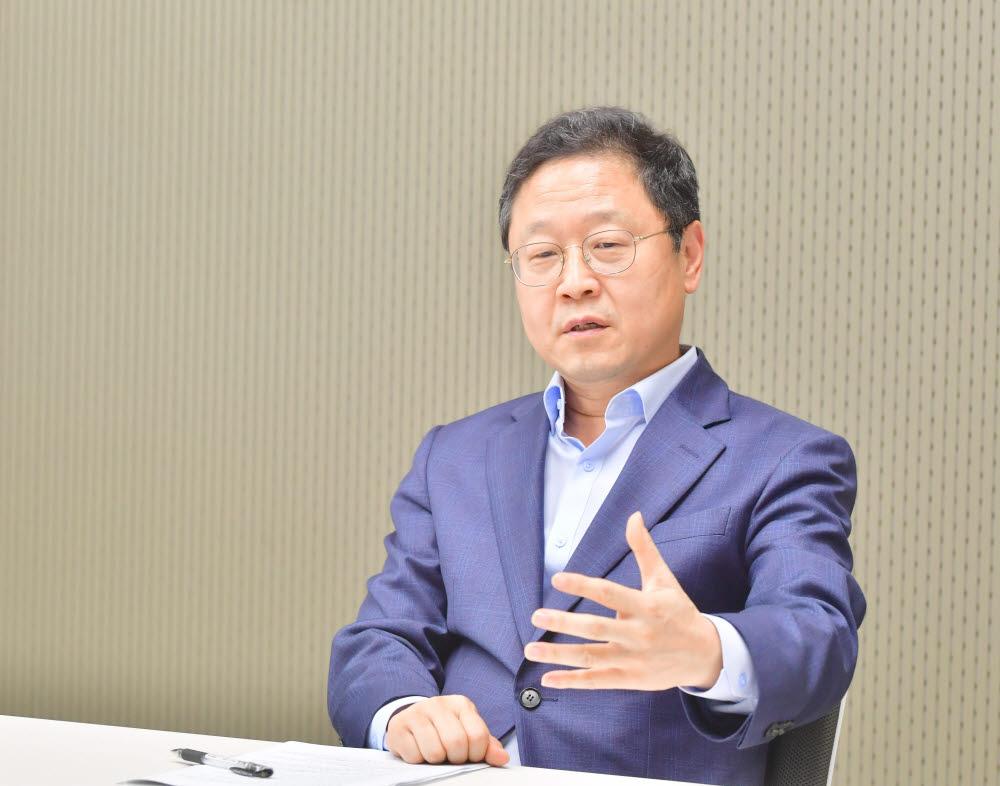 신수정 한국가상증강현실산업협회장