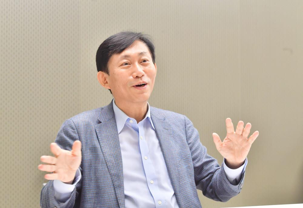 고진 한국모바일산업연합회장