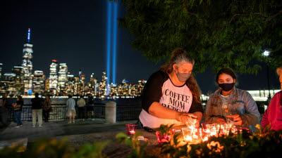 9·11테러 20년...희생자 추모하는 미국인들