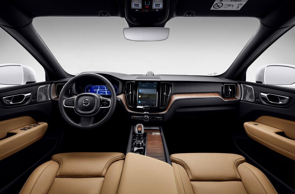 볼보자동차 신형 XC60 실내.