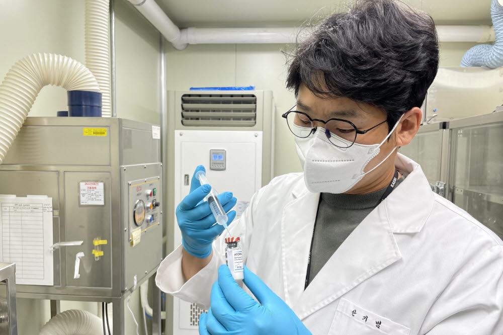 한국원자력연구원이 방사선 기반 백신 개발 가속화 기술을 활용해 살모넬라 백신(ATOMSal-L6)을 개발했다.