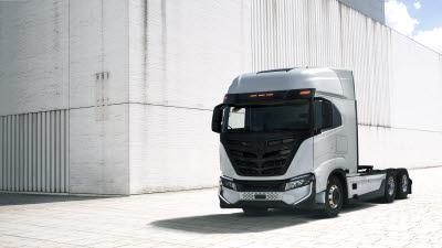 이베코-니콜라, 독일 울름 합작공장 개소…'전기트럭' 생산 초읽기