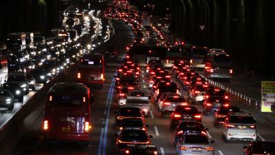 야간 고속도로 교통사고 사망률, 주간 1.7배...32개 노선 중 가로등 설치율 50% 미만이 21개
