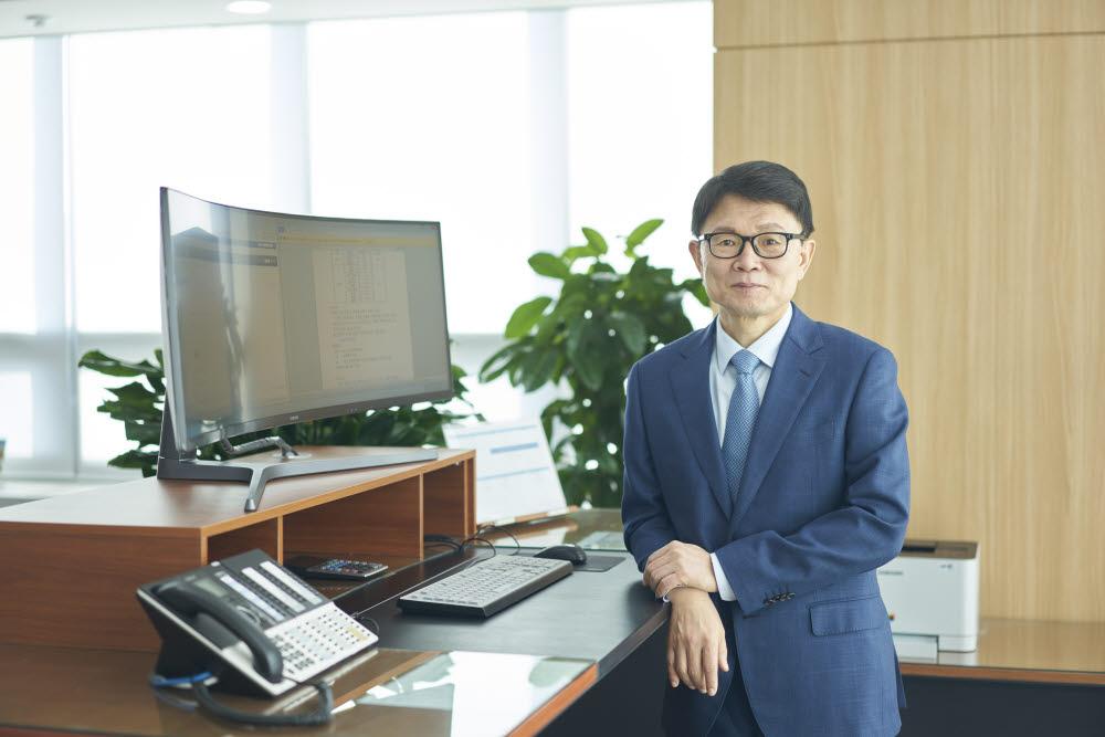 전성호 솔루엠 대표.