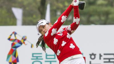 '버디쇼' 펼친 박현경... '공격 골프' 변신 예고