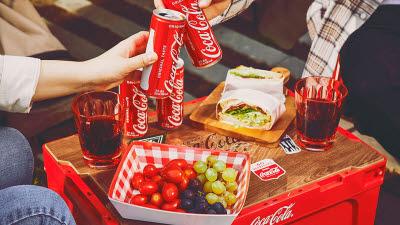 와디즈, '브랜드 로고'도 IP 제품화…코카콜라 피크닉세트 인기